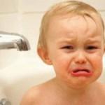 Ребенок боится купаться в ванной