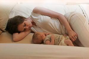 Кормление новорожденного по часам