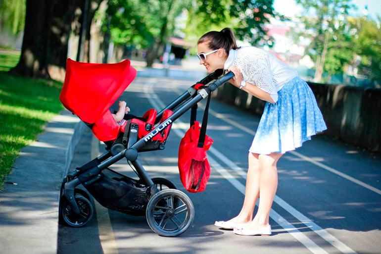 Выбор коляски для новорожденного зимой