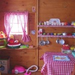 игровые деревянные домики для детей фото внутри домика