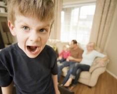 ребенок-хамит-родителям