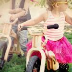 Как учить ребенка ездить на велосипеде