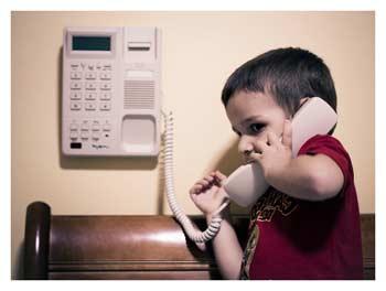 как оставить ребенка одного дома