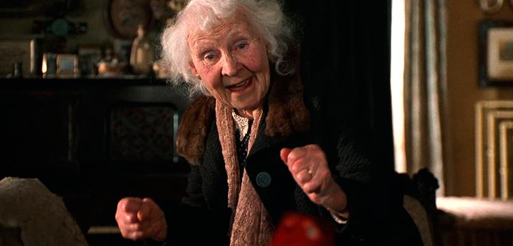 бабушка-в-роли-воспитателя