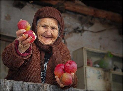 добрая-бабушка