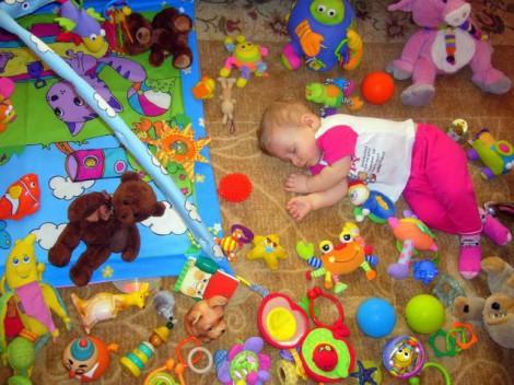 Игрушки ребенку в 5 месяцев