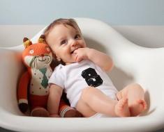 rebenok-8-mesiatcev