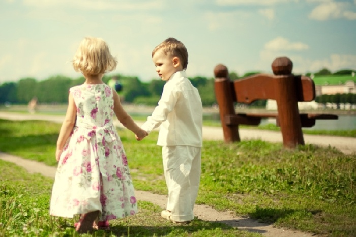 у ребенка хорошие манеры