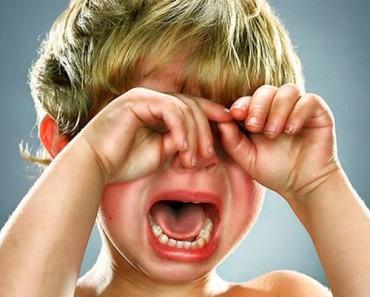 у ребенка истерика