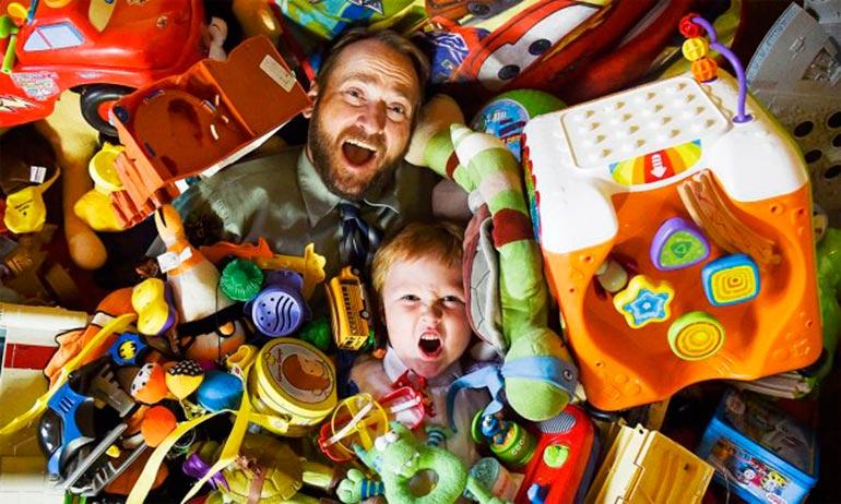 ребенок-требует-подарки-2