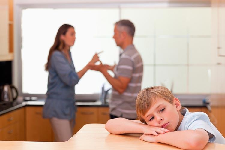 Муж хочет отказаться от ребенка: что говорит закон