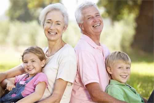 Совращение между внуком и бабушкой скачать фото 252-203