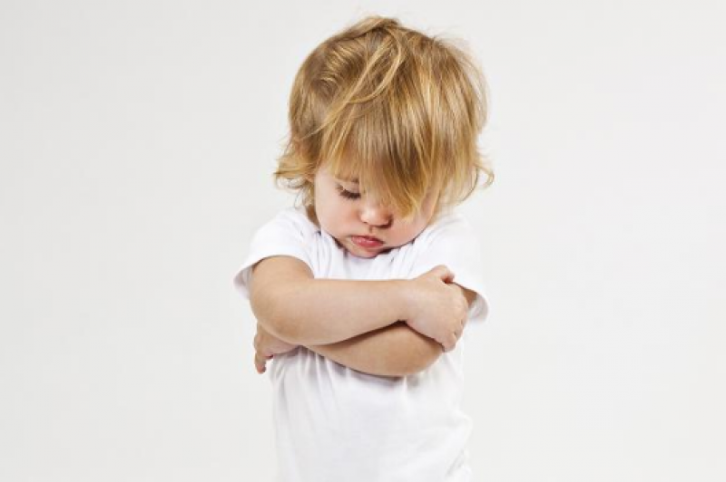 Как справляться с детскими «хочу» — потакать или нет?