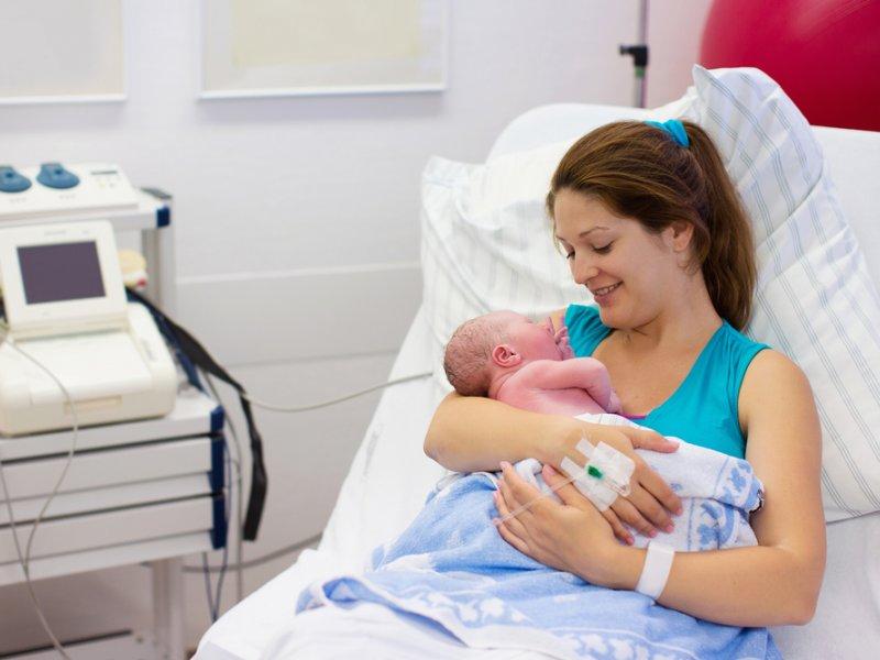 мама-с-новорожденным