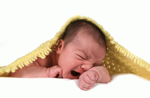 как понять почему плачет новорожденный ребенок