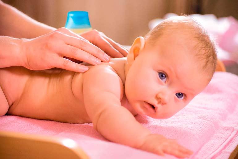 массаж новорожденному от 0 до 3 месяцев