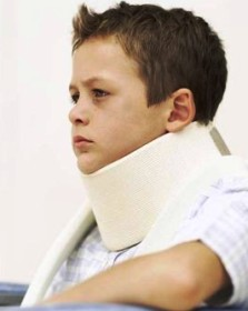 что делать когда болит шея у ребенка
