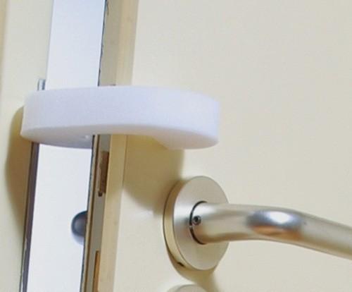 амортизатор на дверь