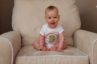 Что умеет и должен уметь ребенок в 8 месяцев