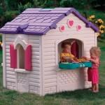 пластиковый игровой домик для дачи