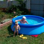 надувной-бассейн-intex