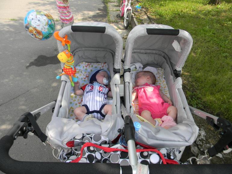 коляски для двойни