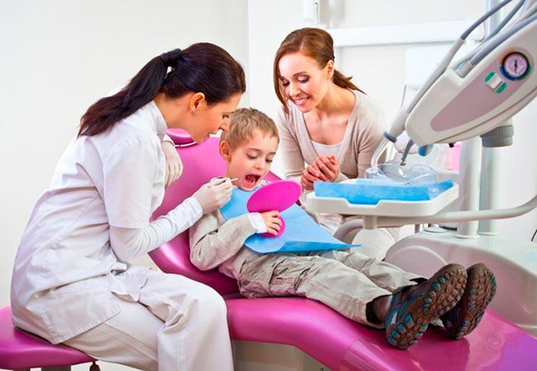 ребенок-и-стоматолог