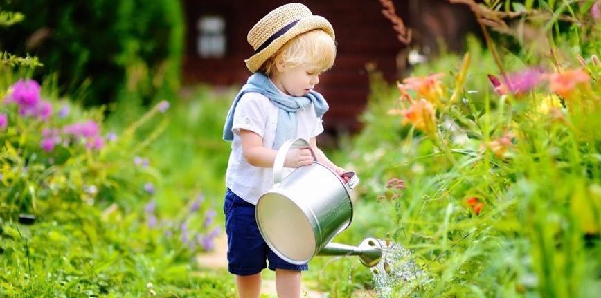 ребенок-летом-на-даче-польза