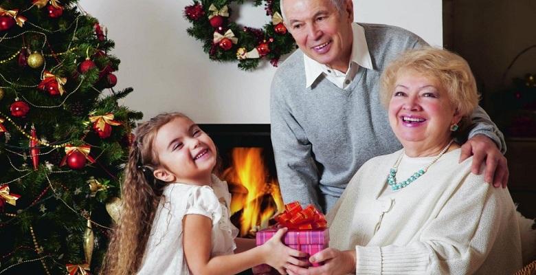 подарки-бабушкам-и-дедушкам-на-н-г