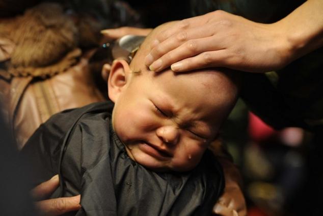 стричь ли ребенка налысо в год
