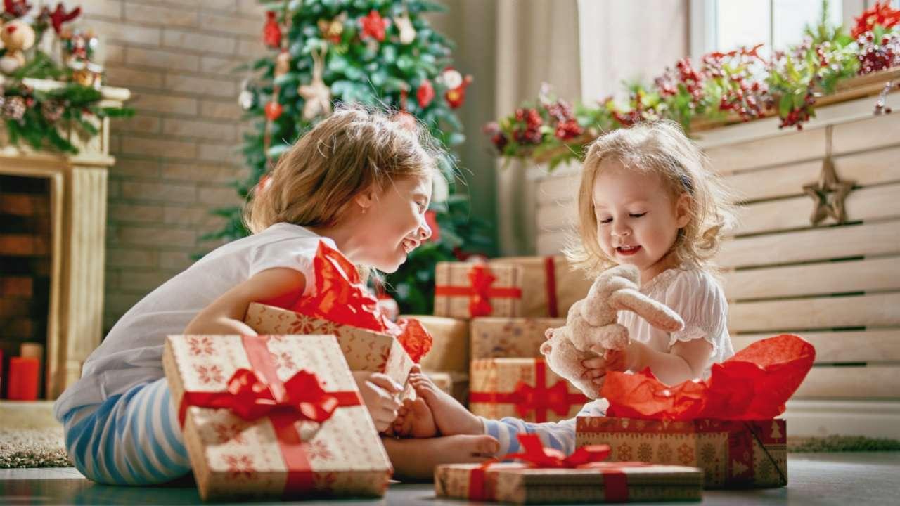 Что подарить ребенку на Новый год для развития - полезные советы и лайфхаки