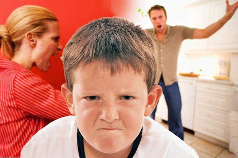 агрессия у мамы
