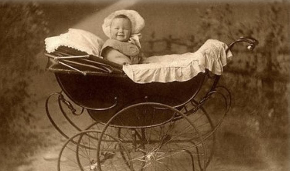 старинные детские коляски