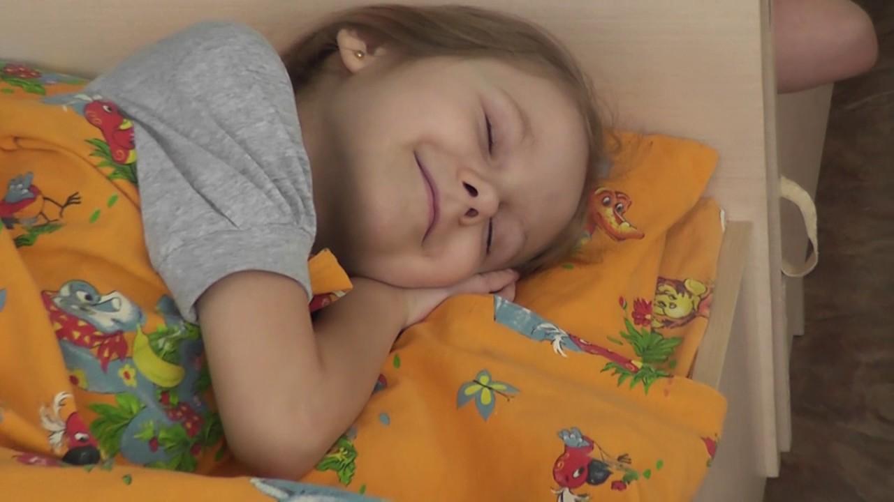 сон ребенка в детском саду