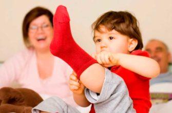 учим малыша одеваться