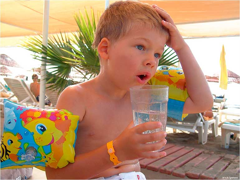 летняя жара для ребенка